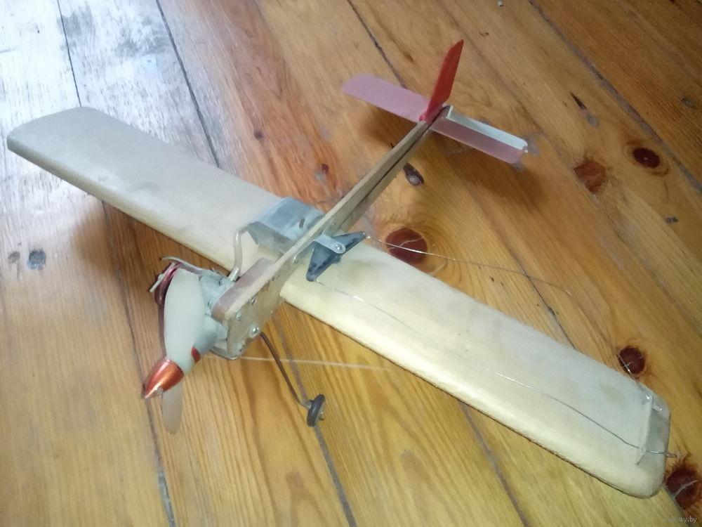Кордовая модель самолета с электродвигателем своими руками 35